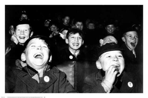 boys-laugh-at-childrens-movie-session