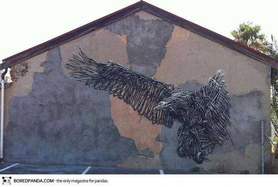 street-art-DALeast-17